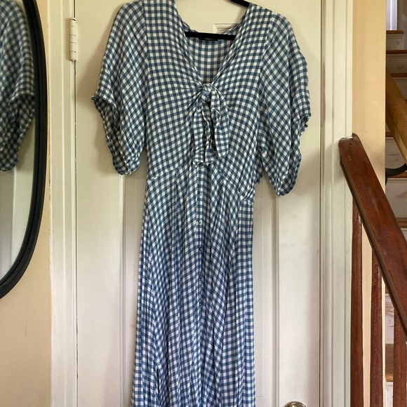 Gingham tie front midi dress